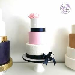 Love from lila xx - Fondant Wedding Cakes in Surrey