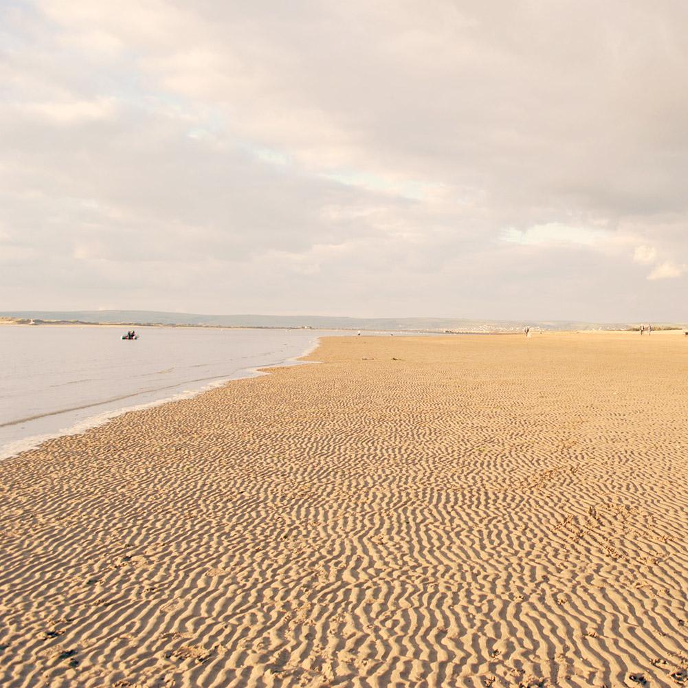 Beach / outdoor scenery