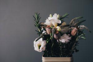 Foam Free Weddings - Love from lila xx - Surrey Wedding Cakes