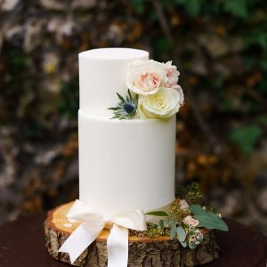 Bespoke Cakes in Surrey - White Wedding Cake with Flowers - Love from Lila
