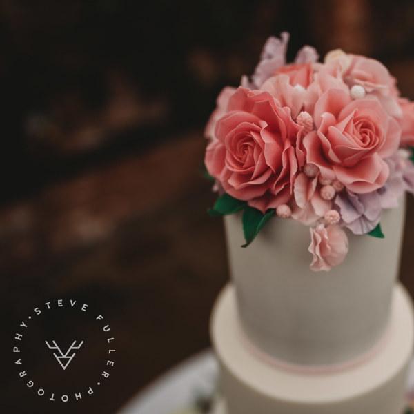 Fondant Wedding Cake with Sugar Flowers - Northbrook Park, Farnham, Surrey - Love from Lila